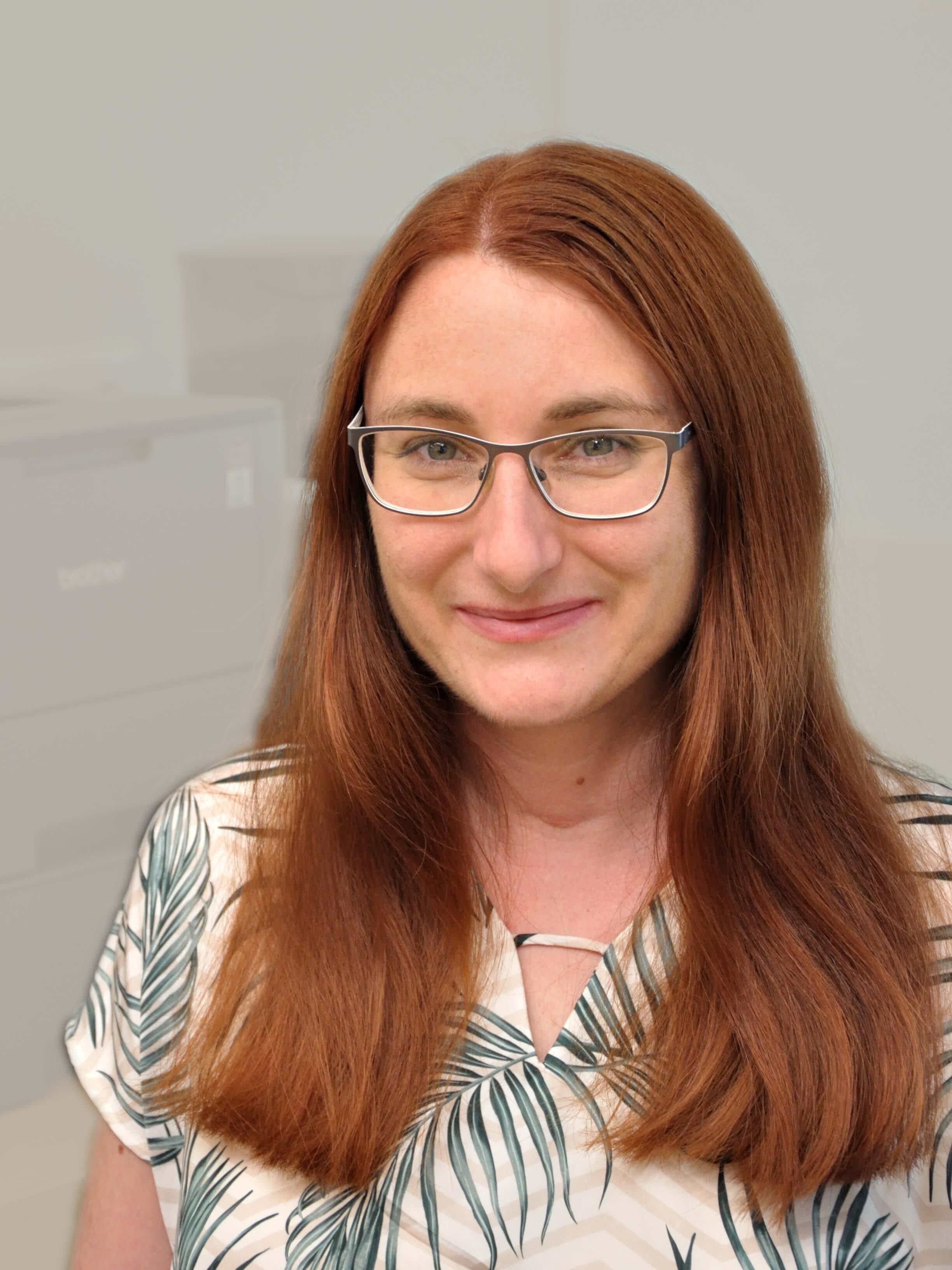 Dr. Nora Santer